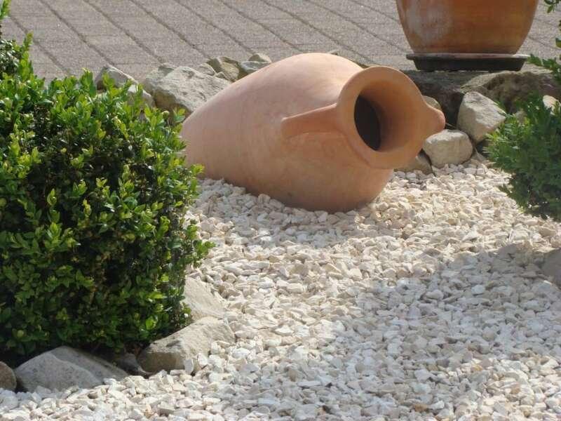 Jura splitt 11 22 mm steinakzente - Gartengestaltung mit splitt ...