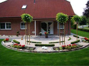 Steingarten Hauseingang
