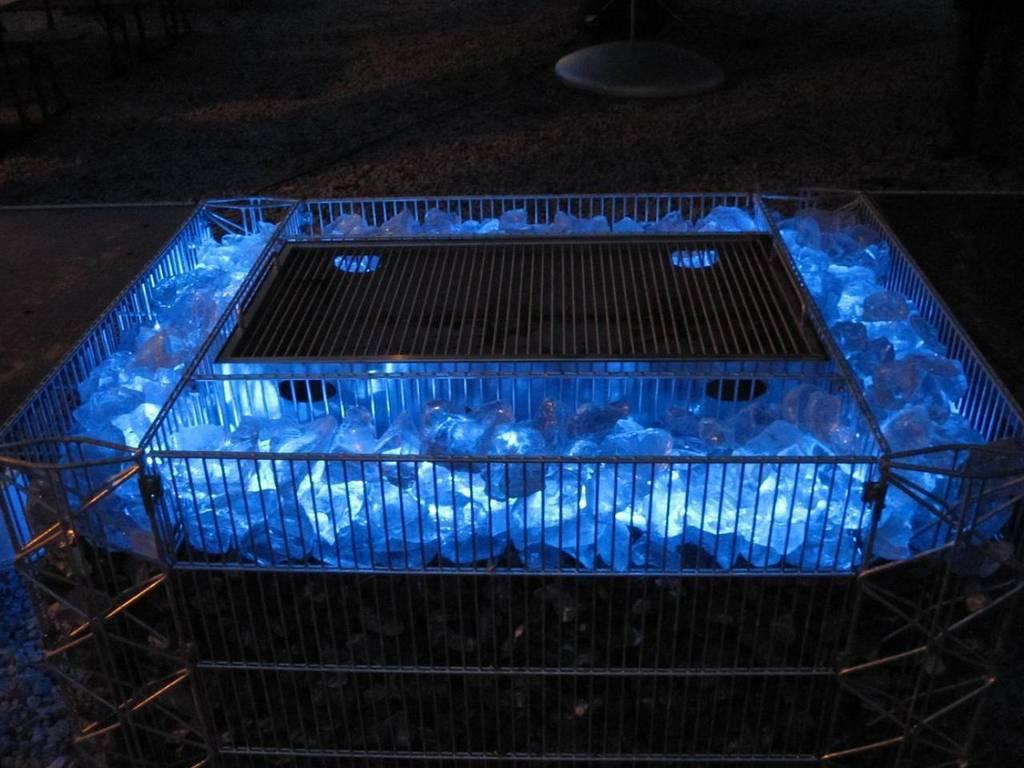 gabionen led beleuchtung steinakzente. Black Bedroom Furniture Sets. Home Design Ideas