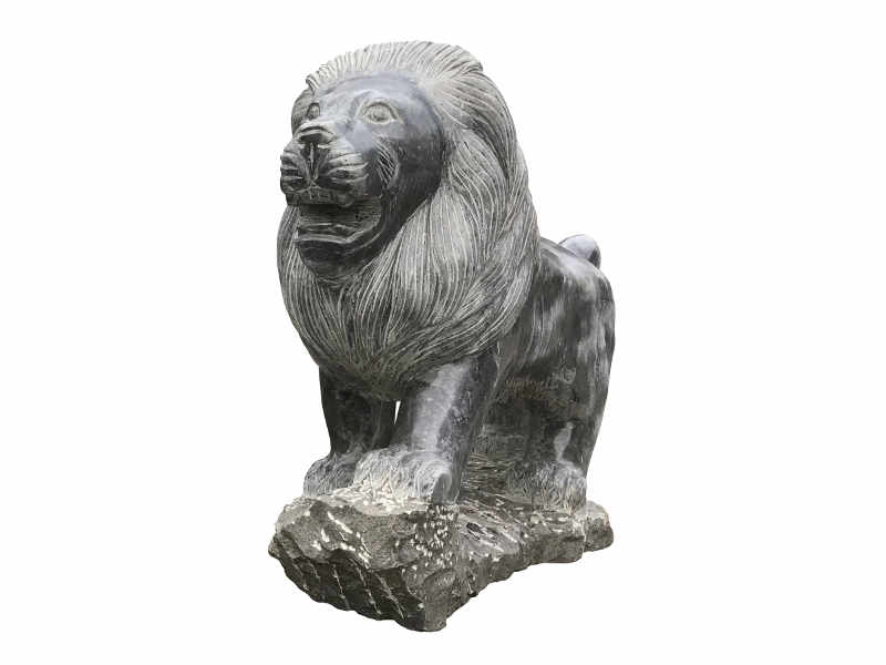Löwe Statue