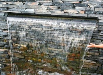 Wasserfallkante-wasserfall-Schiefer