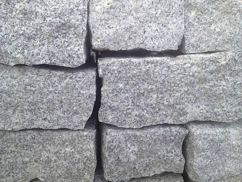 Granit Trockenmauersteine